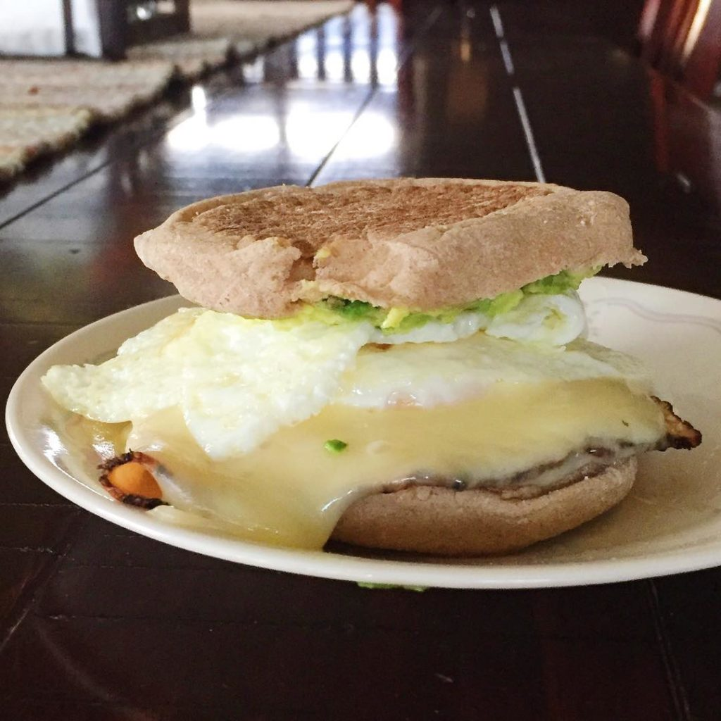 A MESSY yet delicious breakfast Sammie